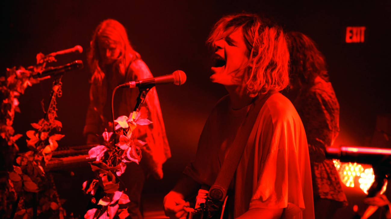 'Grouplove' performs